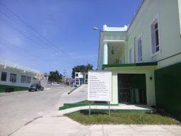 La fachada del centro. Foto: L. Mitjans