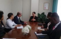 The Vice-Minister of Foreign Affairs of Cuba, Rogelio Sierra, and the Minister of Foreign Affairs and Foreign Trade of Jamaica, Kamina Johnson Smith.