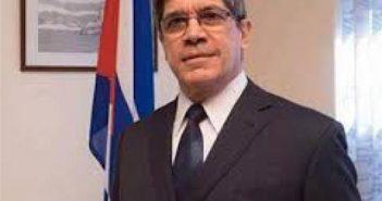 Carlos Fernandez de Cossio.