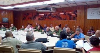 Minister of FAR Presides Over Meeting in Pinar del Rio.
