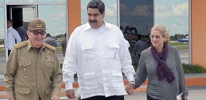 Rául despide al presidente de Venezuela