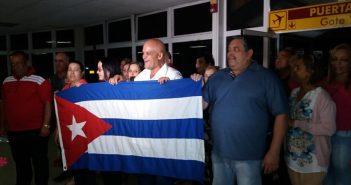Cuban doctors arriving in Cuba from Brazil.