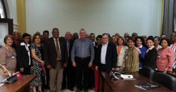 Diaz-Canel visits Popular Supreme Court.