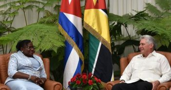 Cuban President received parliamentary leader from Mozambique.