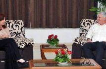 Cuban President receives Cristina Fernandez.