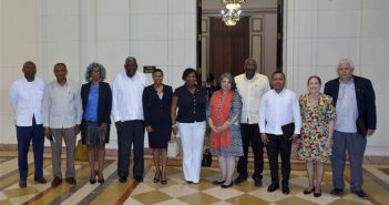 Esteban Lazo exchanges with Caribbean ambassadors in Cuba