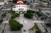 Cuban authorities congratulate Holguin City