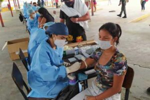 Manos cubanas diagnostican por la vida en Venezuela