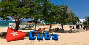 Cuba reinicia operaciones del turismo internacional